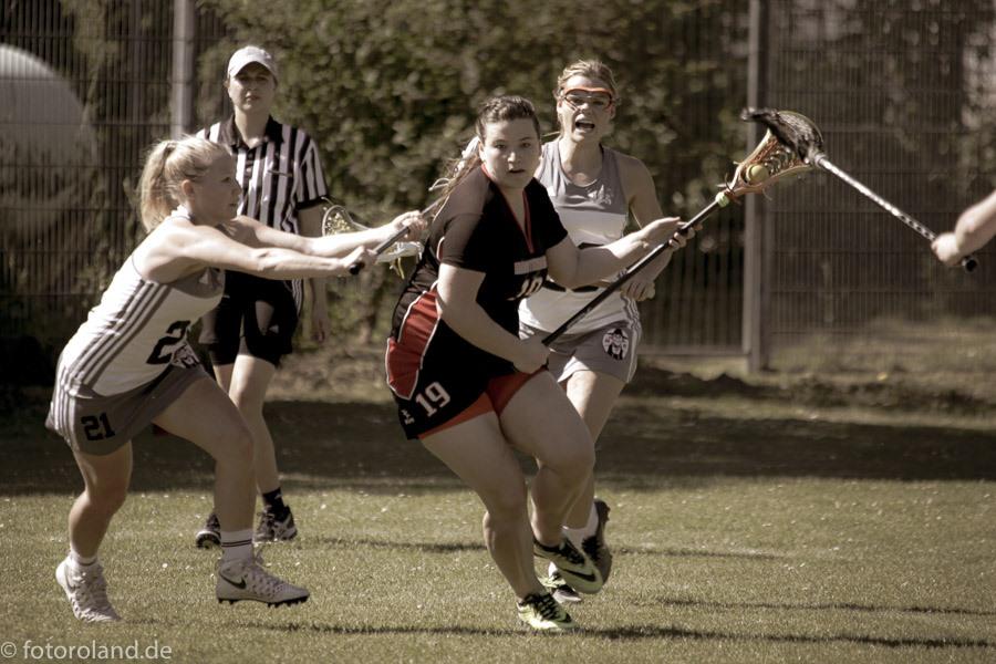 Officials' Corner: Womens' Field